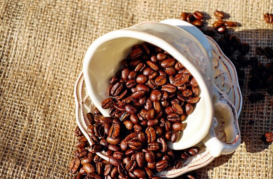 porcelanowa filiżanka do kawy