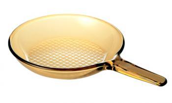 Jak czyścić patelnię ceramiczną?