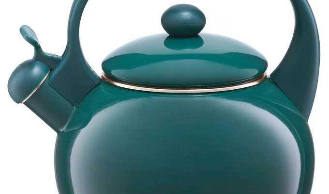 Efektowne czajniki podstawą kuchennego wyposażenia